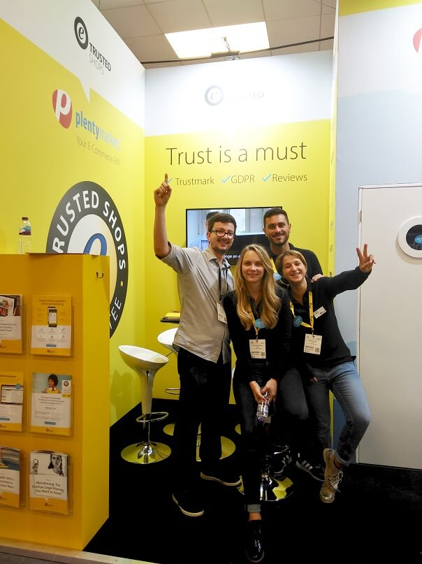 TS_team_at_expo